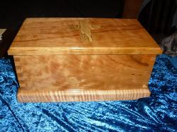 Ministers box used during church service.  Figured Cherry with curly Maple base and Spalted Maple inlay